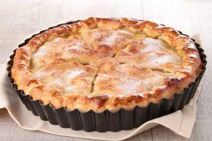 пирог из яблок с корицей