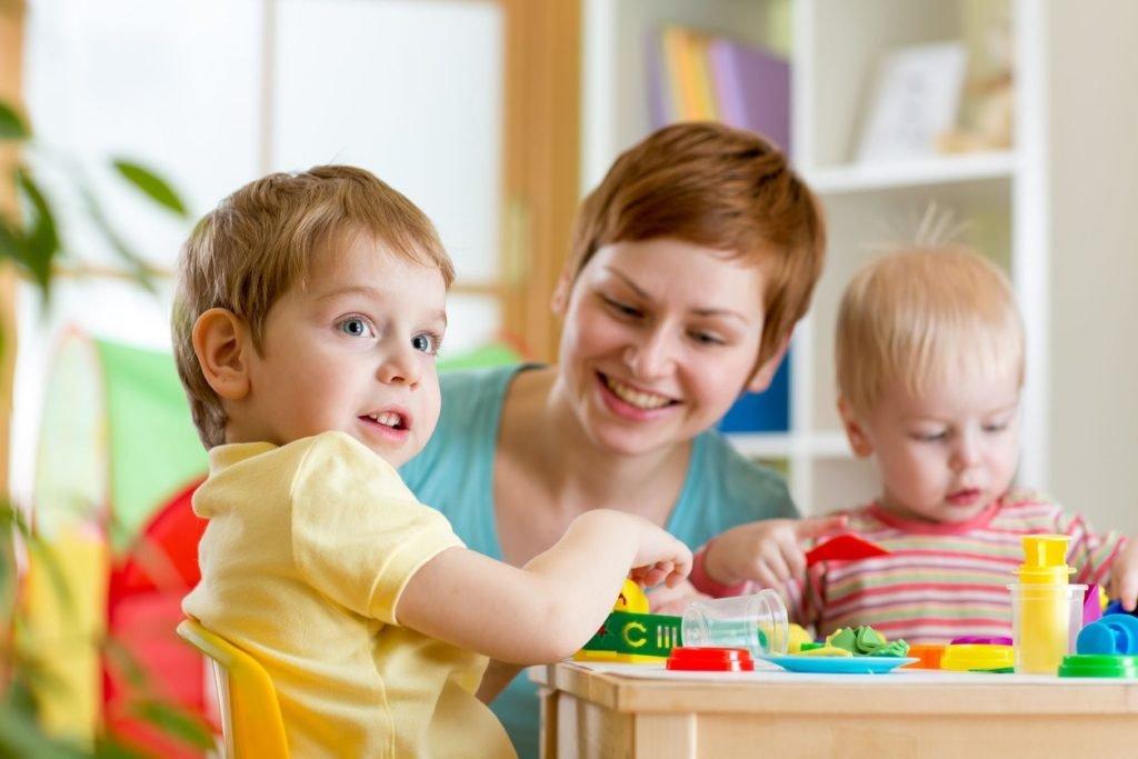 Игра в детский сад