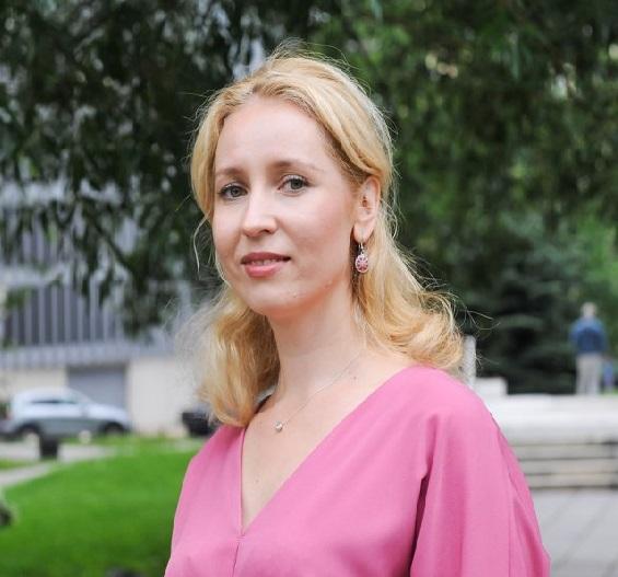 Людмила Лапикова