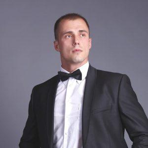 Игорь Сенють