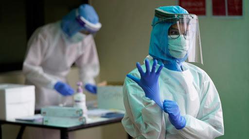 эпидемиологи во время пандемии