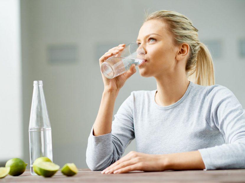 пить воду при волнении