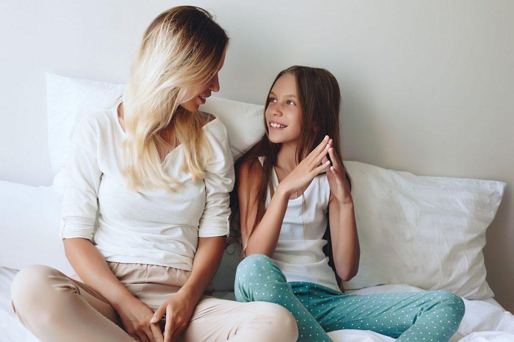 мама и дочь-подросток
