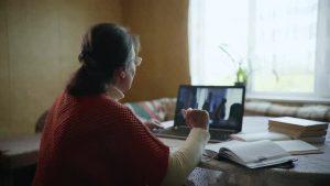 обучение пенсионерки