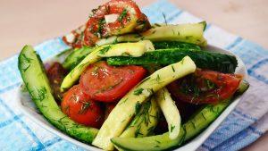 Малосольные огурцы с кабачками и помидорами